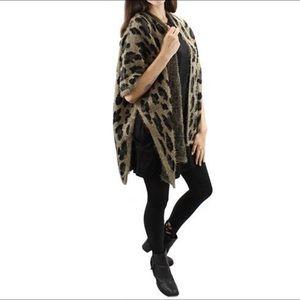 Sweaters - NWOT Leopard Print Shaw